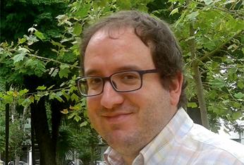 El poeta Manuel Guerrero Cabrera presenta