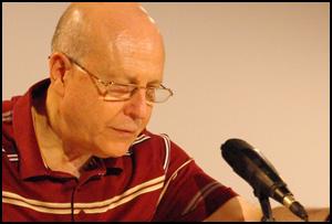Presentación del poemario de Javier Lostalé, 'Rosa y Tormenta'